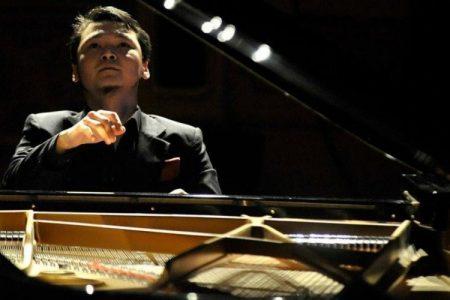 """Төгөлдөр хуурч Б.Бат-Эрдэнэ """"Шилдэг концертмэйстр"""" шагнал хүртлээ"""